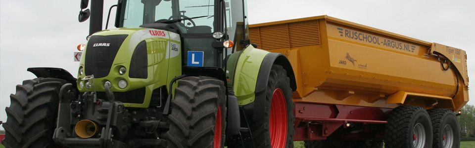 Tractor rijlessen bij Rijschool Argus